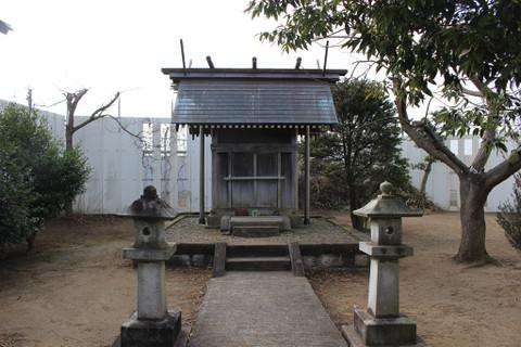 Toho_shurine_1